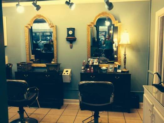 Booth Rental Lexington Kentucky Hair Salon Hair color Hair cut Chevy Chase Nicole Elias